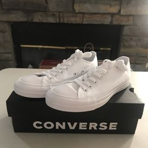 Converse Monochromatic White Low Top sz 4.5M 6.5WM